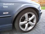 Lemy blatníků Volvo 240, 4-dvéř., černý mat